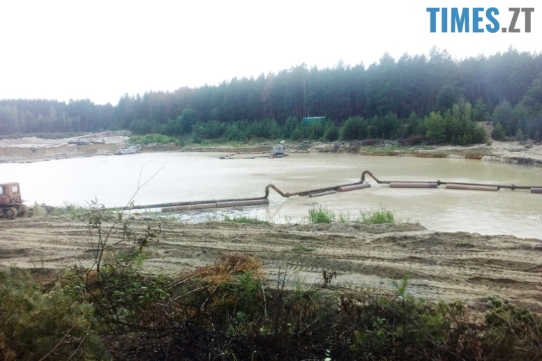 12 3 - Пустеля під Коростишевом: чиновники та гендлярі нищать ліс заради піску (фото, відео)