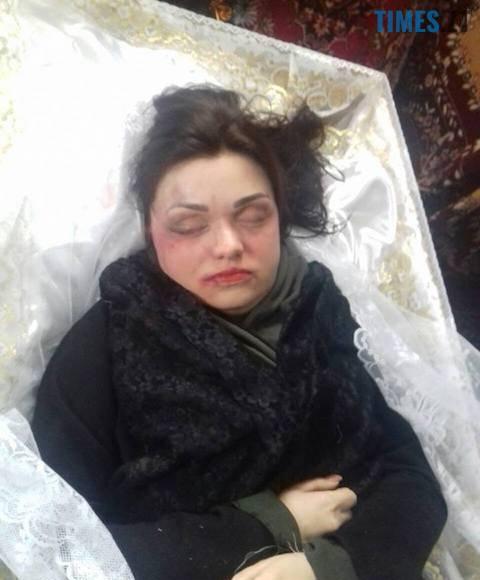 3 8 - Тіло жертви бердичівського нелюда піддали моторошній ексгумації (фото 18+)