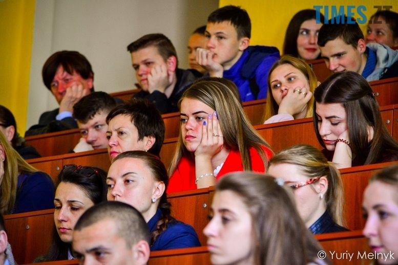 1 11 Копировать - Василь Шкляр: «Дайте мені хоча б у масовці зарізати москаляку!»