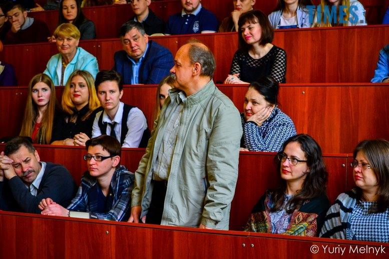 1 15 Копировать - Василь Шкляр: «Дайте мені хоча б у масовці зарізати москаляку!»
