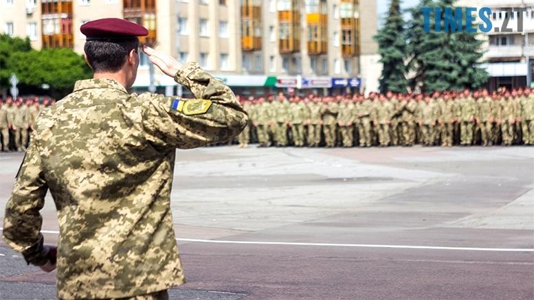 имени 26 - Житомиряни зустріли героїв, які повернулися із зони бойових дій