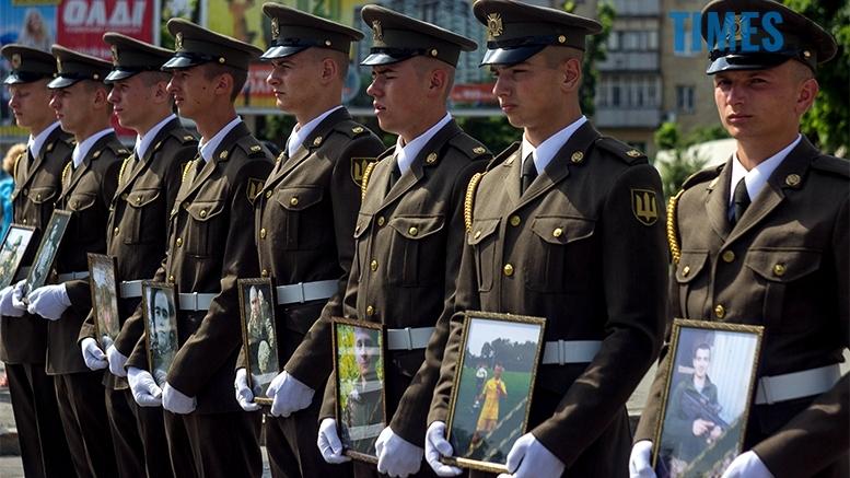 имени 6 2 - Житомиряни зустріли героїв, які повернулися із зони бойових дій