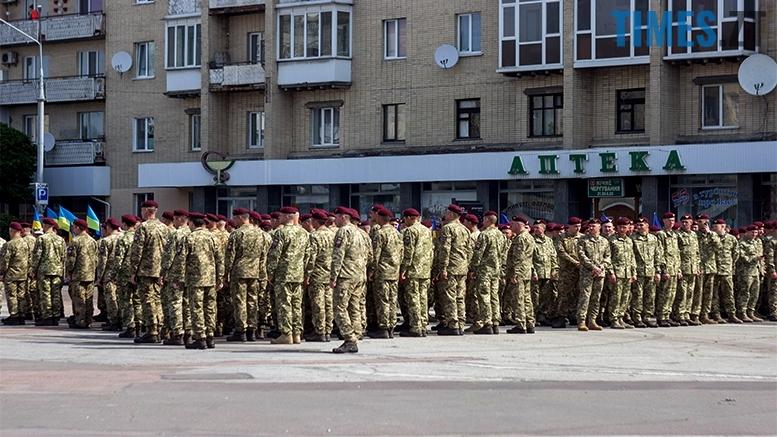 имени 7 2 - Житомиряни зустріли героїв, які повернулися із зони бойових дій