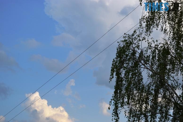 2 - Першого травня у Житомирі вдарив перший грім (відео)