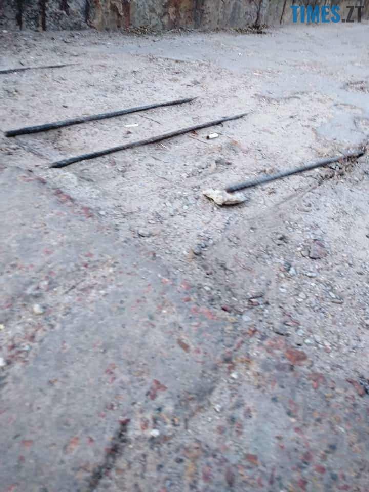 5 9 - Шок-фото: богунский міст розвалюється прямо під ногами пішоходів