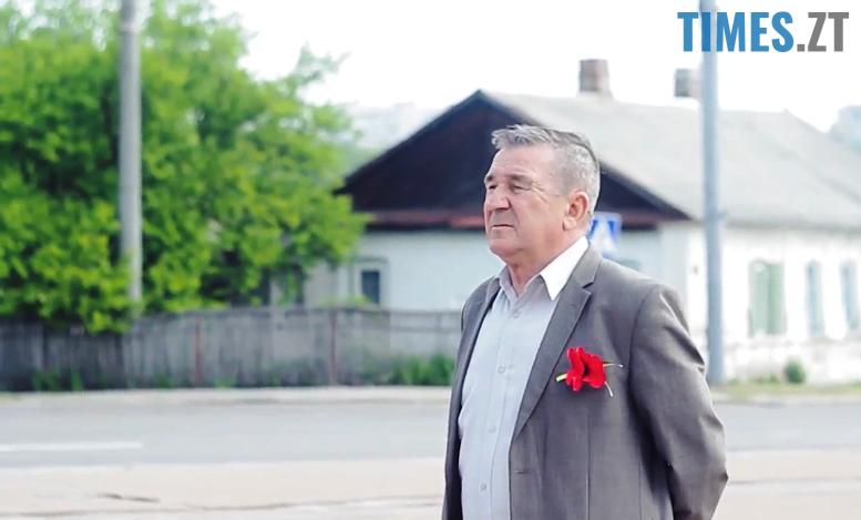 9m - 8-9 травня Житомир патрулювала поліція на конях та велосипедах (відео, фото)
