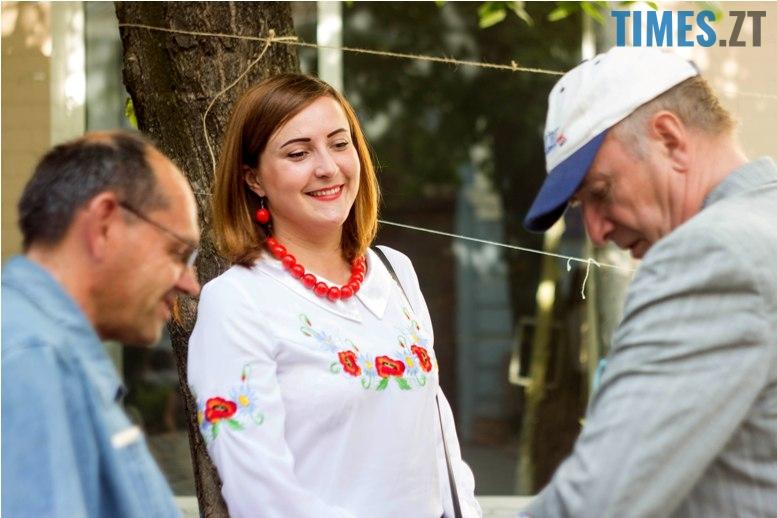 IMG 6067 - Десятки тисяч дорослих і дітей вийшли на вулиці Житомира у вишиванках