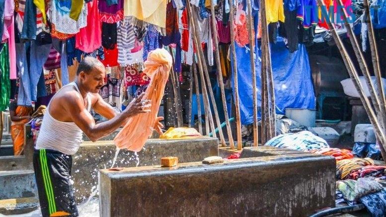 2 4 - У Житомирі хочуть відкрити громадську пральню. Як в Індії чи як у США?