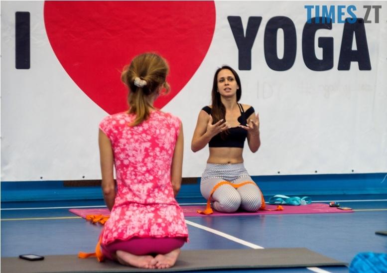 IMG 0092 - «Заснути на цвяхах»: у Житомирі пройшов День йоги