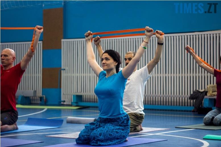 IMG 0155 - «Заснути на цвяхах»: у Житомирі пройшов День йоги