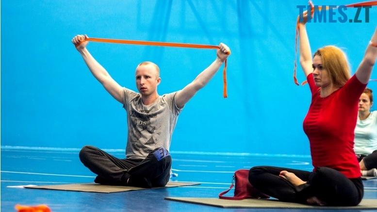 IMG 0167 - «Заснути на цвяхах»: у Житомирі пройшов День йоги
