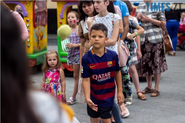 IMG 9855 - День батька у Житомирі: свято чи чергова нудна «мильна бульбашка»?