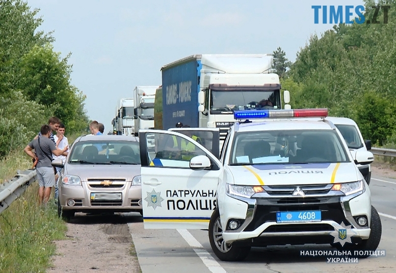 dtp1  - Під Житомиром мікроавтобус виїхав на зустрічну смугу