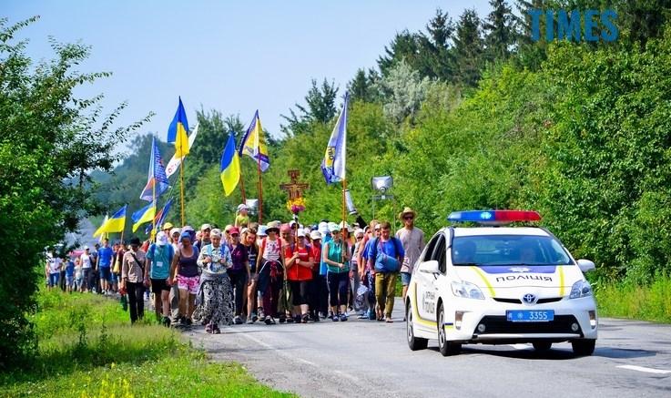 .jpg - У Бердичів прибули близько 20 тисяч паломників