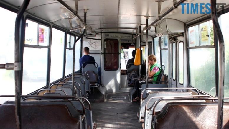 4 - На новій лінії за 4 млн. грн. їздять порожні тролейбуси