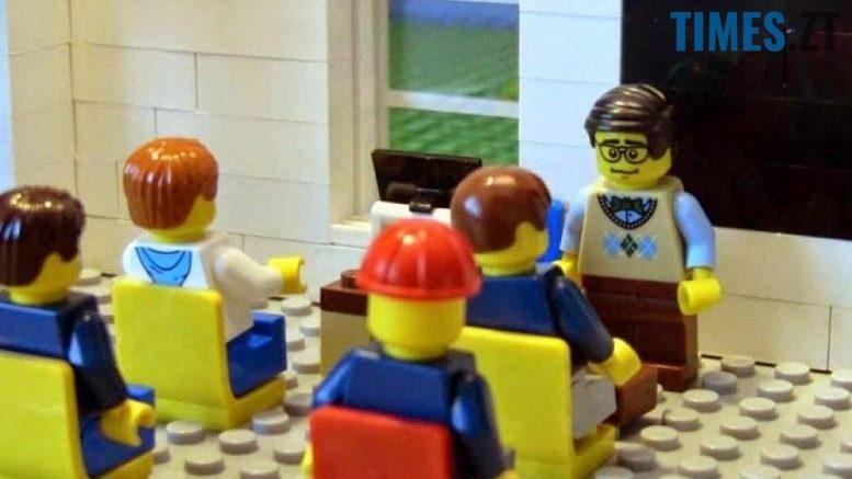 edited 3 777x437 - Першокласники Житомирщини гратимуться Lego. А уроків не буде?..