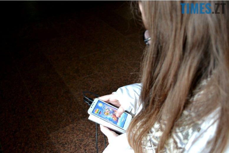 3 10 - Як забрати у дитини смартфон і повернути їй дитинство
