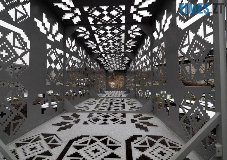3 8 - Навіщо Житомиру пародія на Ейфелеву вежу? (відео, фото)