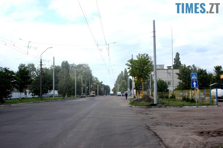 7 - На новій лінії за 4 млн. грн. їздять порожні тролейбуси