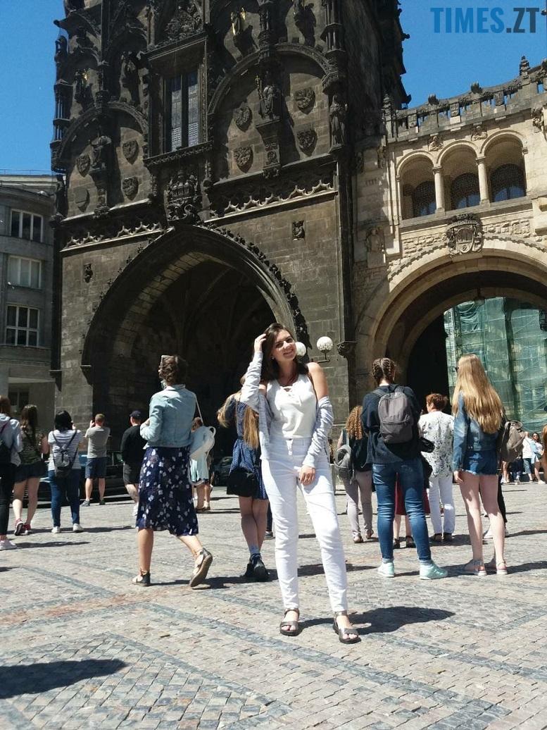 37330241 2615925481966446 5196021425764302848 n - Європейський щоденник Олесі: побачити Париж – і вижити