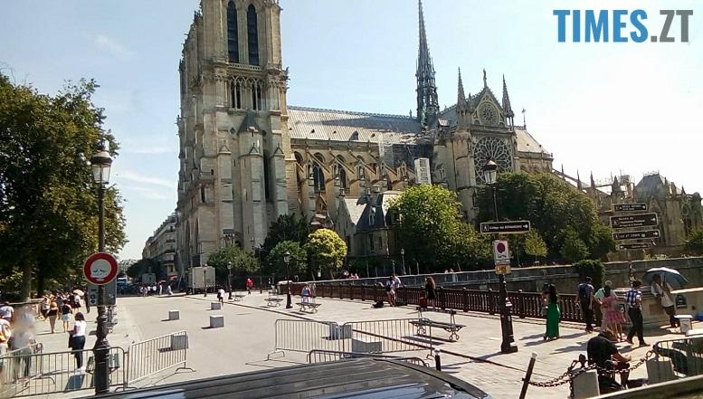 37375503 2615931115299216 900341766488588288 n - Європейський щоденник Олесі: побачити Париж – і вижити