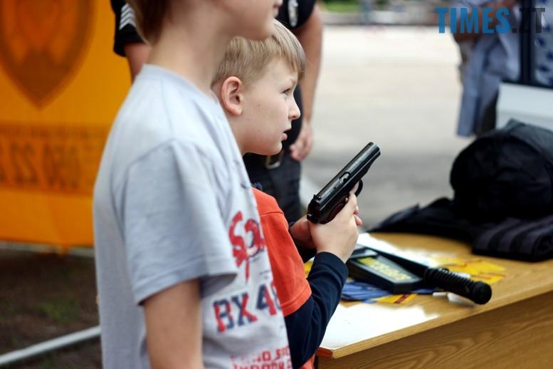 IMG 6802 - День патрульної поліції – чи сумнівний атракціон для дітей?
