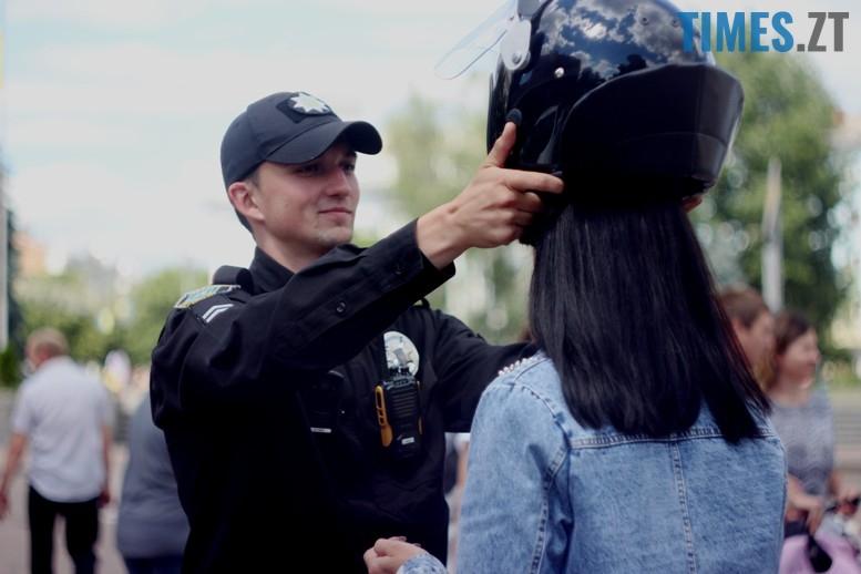 IMG 6811 - День патрульної поліції – чи сумнівний атракціон для дітей?