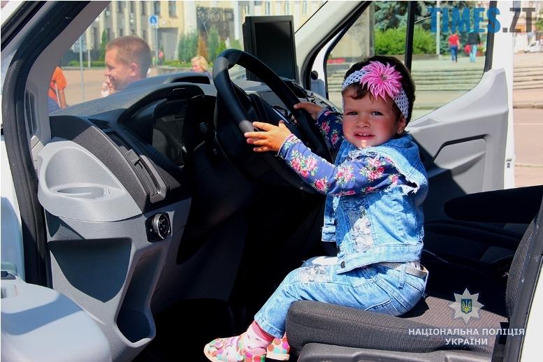 IMG 7531m - День патрульної поліції – чи сумнівний атракціон для дітей?