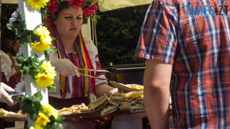 фуд2 - На Житомирщині триває перевірка якості «вуличної їжі»: 700 кг продуктів забракували