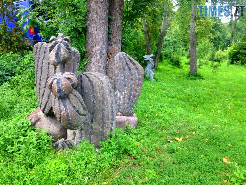 IMG 5084 - Туристична Житомирщина: парк кам'яних скульптур у Коростишеві (ФОТО)