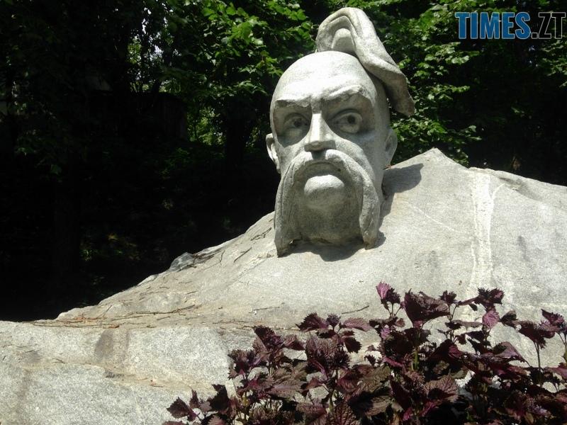 IMG 5143 - Туристична Житомирщина: парк кам'яних скульптур у Коростишеві (ФОТО)