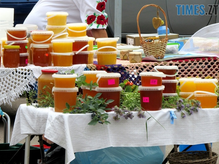 med 5 - Вперше за 10 років у Житомирі відбувся обласний ярмарок меду (ФОТО)