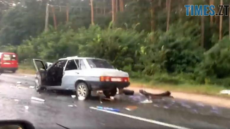 prev23 10 03 - На Бердичівській трасі зіткнулись два легковики: загинув чоловік