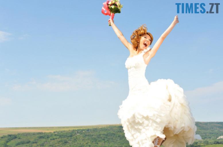 wed2 - На восьмому небі: В Житомирі одружилися 30 пар на щасливу дату 8.08.18