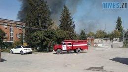 260x146 - Пожежу на  Житомирському картонно паперовому комбінаті гасять 8 пожежних автомобілів (ФОТО)