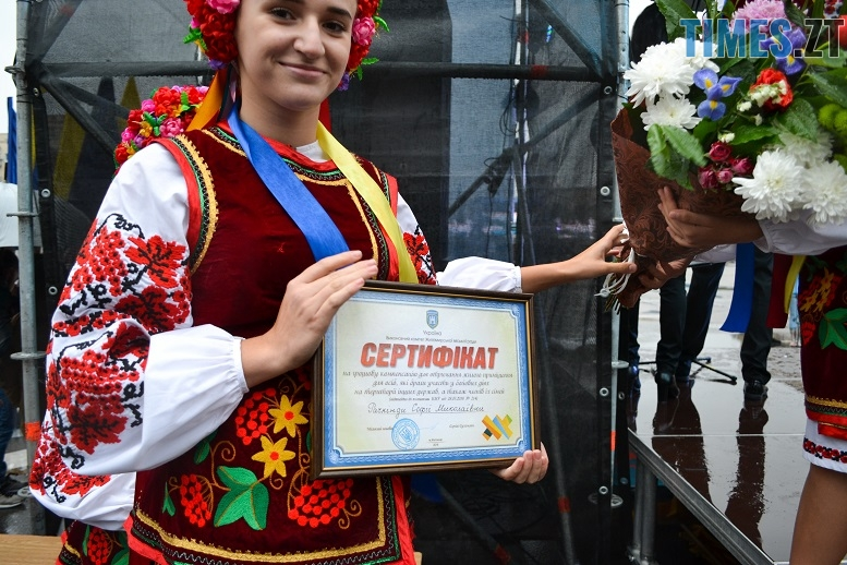 32 - Танцюють діти у калюжах, оркестри грають під дощем: День Житомира–2018 (ФОТО, ВІДЕО)