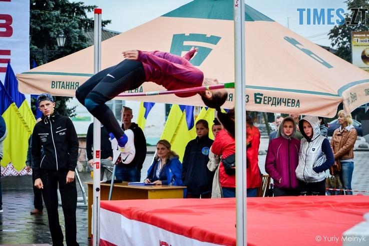 1 9 Копировать - Бердичівлянине змогли обійти суперників у традиційному турнірі зі стрибків у висоту імені Лонського (ФОТО)