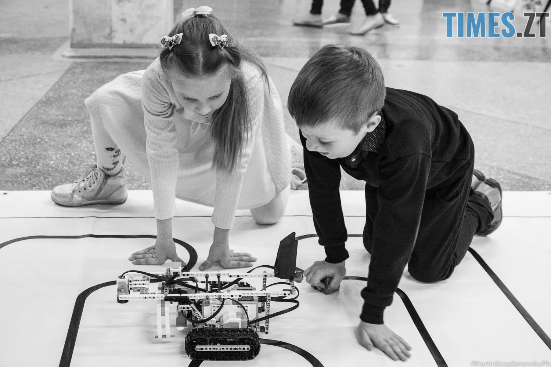 7 - Безпілотні автомобілі, промислові роботи та 3D голограми: новинки на  SpaceTechFest 2018 (ФОТО)