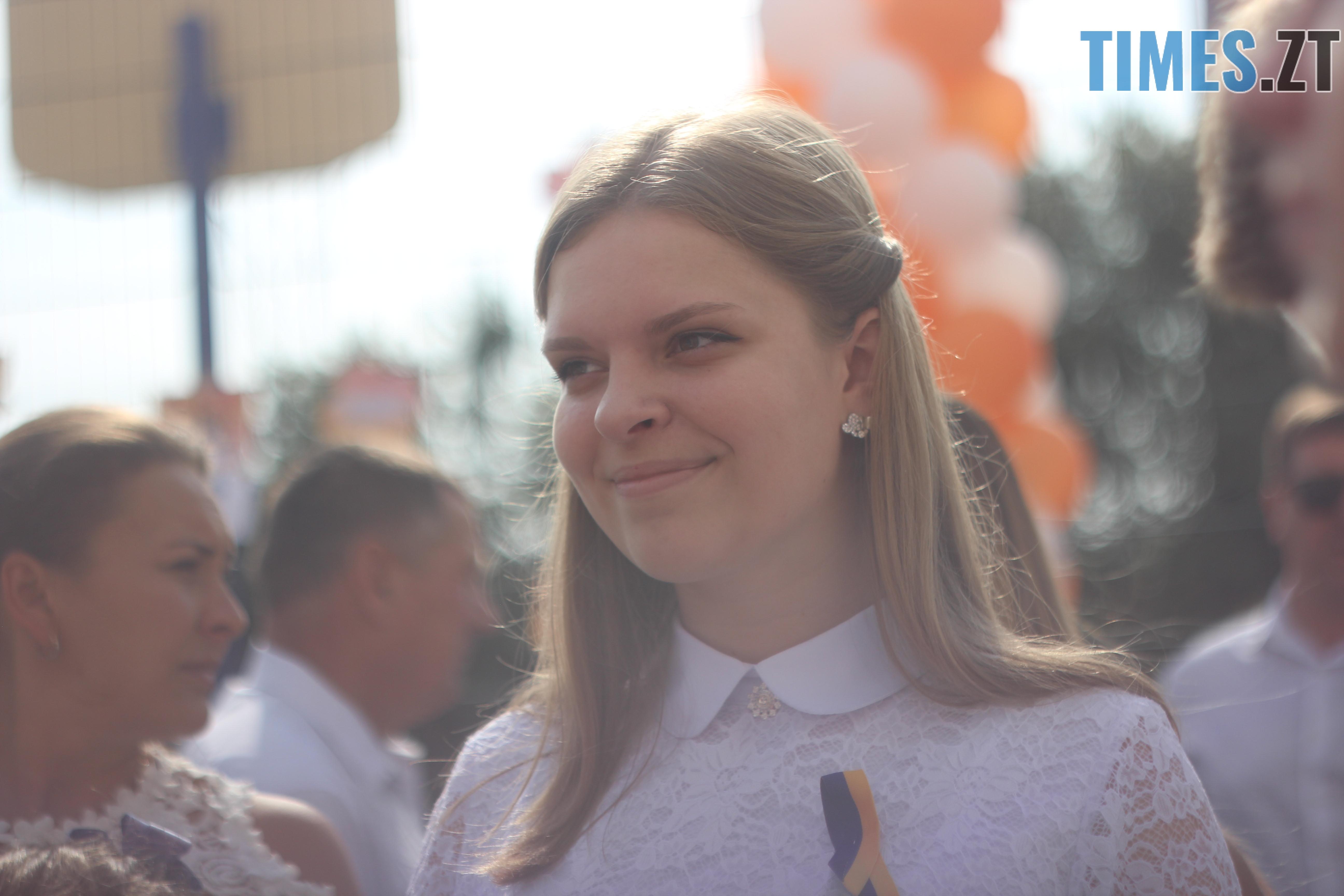 IMG 8936 - Майже 4 тисячі житомирських першокласників навчатимуться за системою Нової української школи (ФОТОРЕПОРТАЖ)
