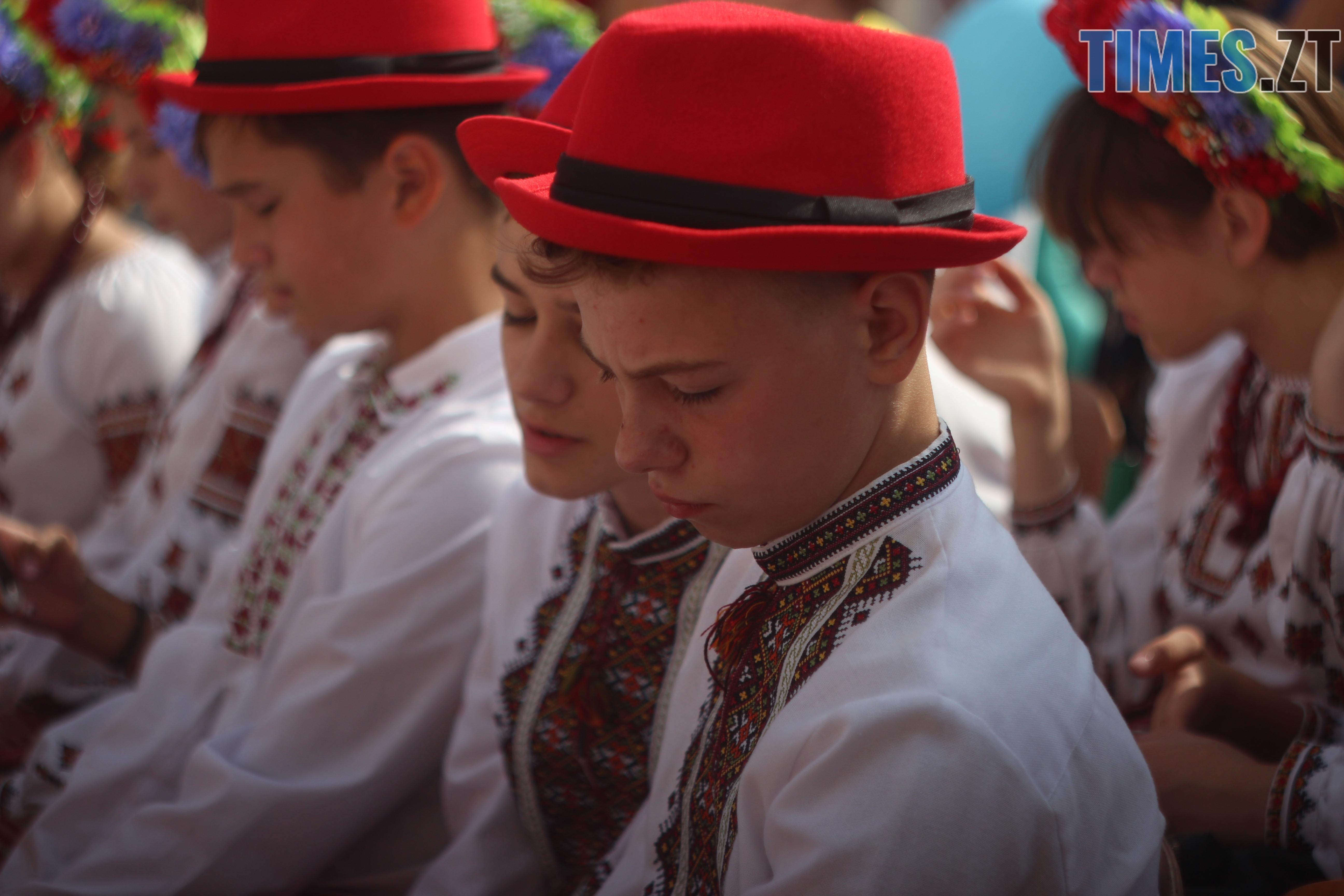 IMG 8938 - Майже 4 тисячі житомирських першокласників навчатимуться за системою Нової української школи (ФОТОРЕПОРТАЖ)