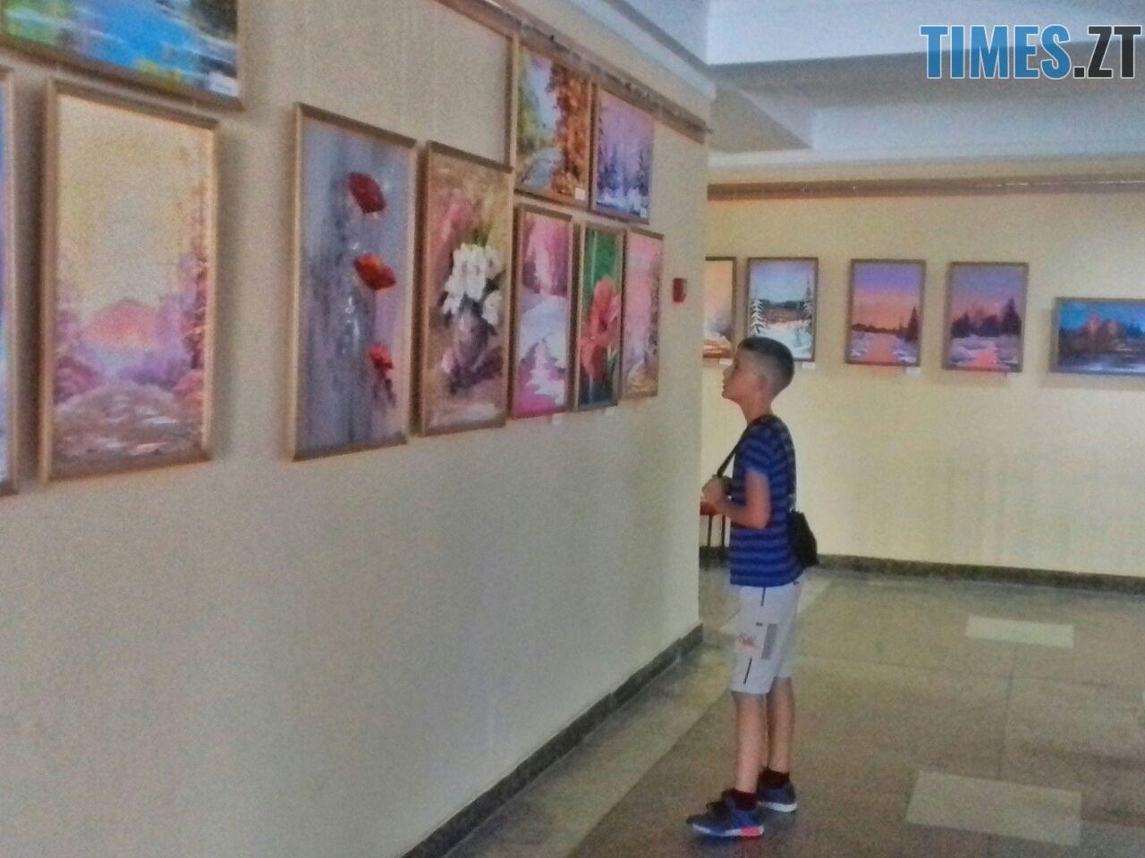 WhatsApp Image 2018 09 01 at 12.12.50 1 - Мистецтво нашвидкуруч: митець показав, як намалювати картину за 20 хвилин (ФОТО)