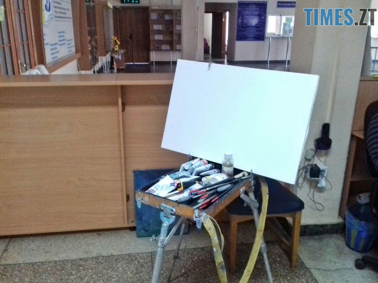 WhatsApp Image 2018 09 01 at 12.12.52 1 - Мистецтво нашвидкуруч: митець показав, як намалювати картину за 20 хвилин (ФОТО)