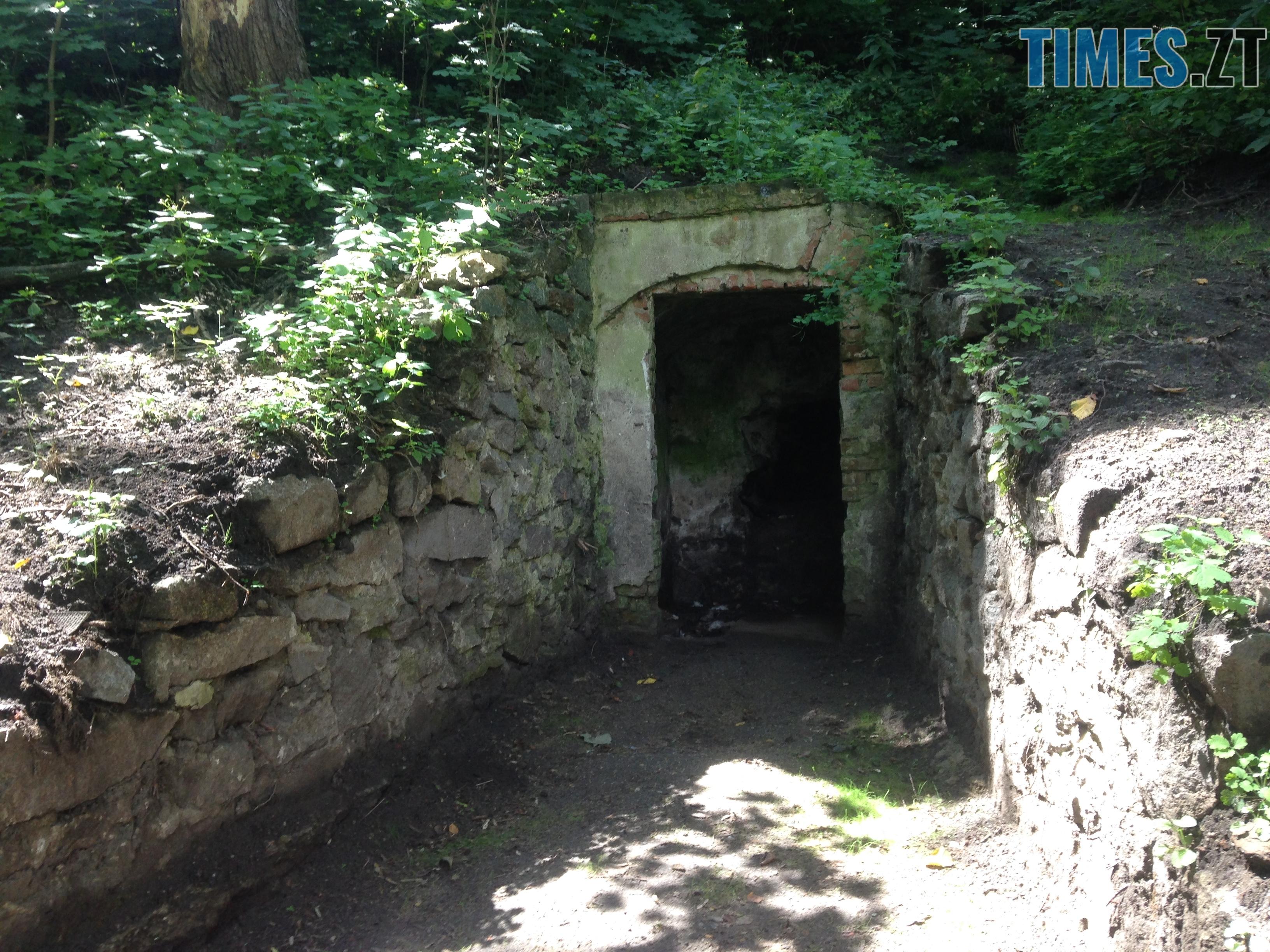 photo 10 - Туристична Житомирщина: пам'ятки в Коростишеві часів графів Олізарів (ФОТО)