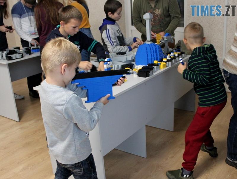 photo 21 1 - SpaceTechFest в ЖДТУ: як пройшов фестиваль та чим дивували гостей (ФОТО)