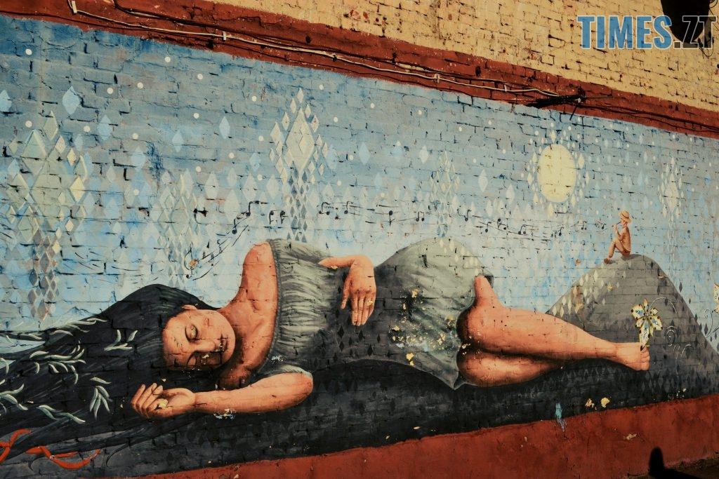 55 2 авторка Анастасія Савенець 1024x683 - Місто стінописів: вуличне мистецтво, яке робить Житомир особливим (частина 1)