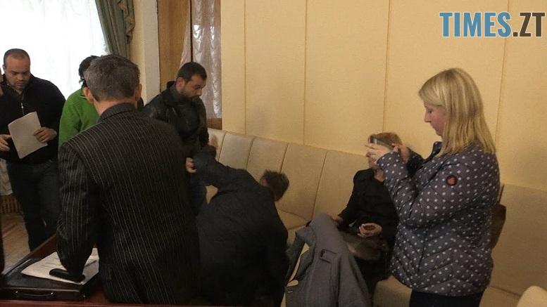 в ОДА - Лайка та штовханина: житомирські активісти не змогли знайти компромісу щодо створення громадської ради при ОДА