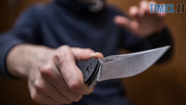 поранення - У центрі Житомира на чоловіка напали невідомі та нанесли йому ножове поранення