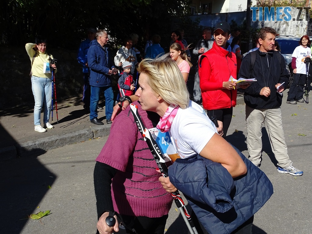 3 2 - У перших відкритих змаганнях зі скандинавської ходьби на Житомирщині помірялися силою понад 100 учасників