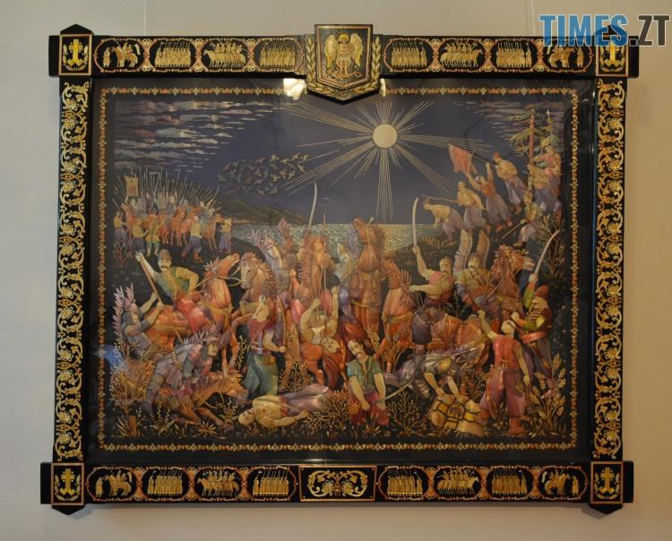 35924336 1958107271166979 6960243817429598208 o - Житомирський художник створює 3D-шедеври із соломи