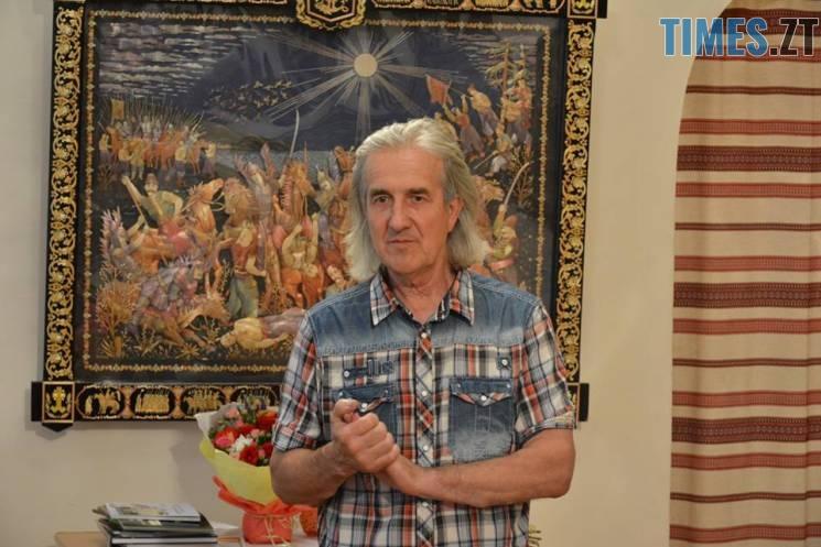411056 - Житомирський художник створює 3D-шедеври із соломи